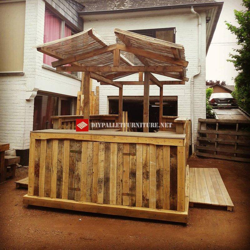Bar stile hawaianomobili con pallet mobili con pallet for Piani domestici in stile hawaiano