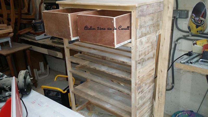 Image 04mobili con pallet mobili con pallet for Scarpiera con pallet